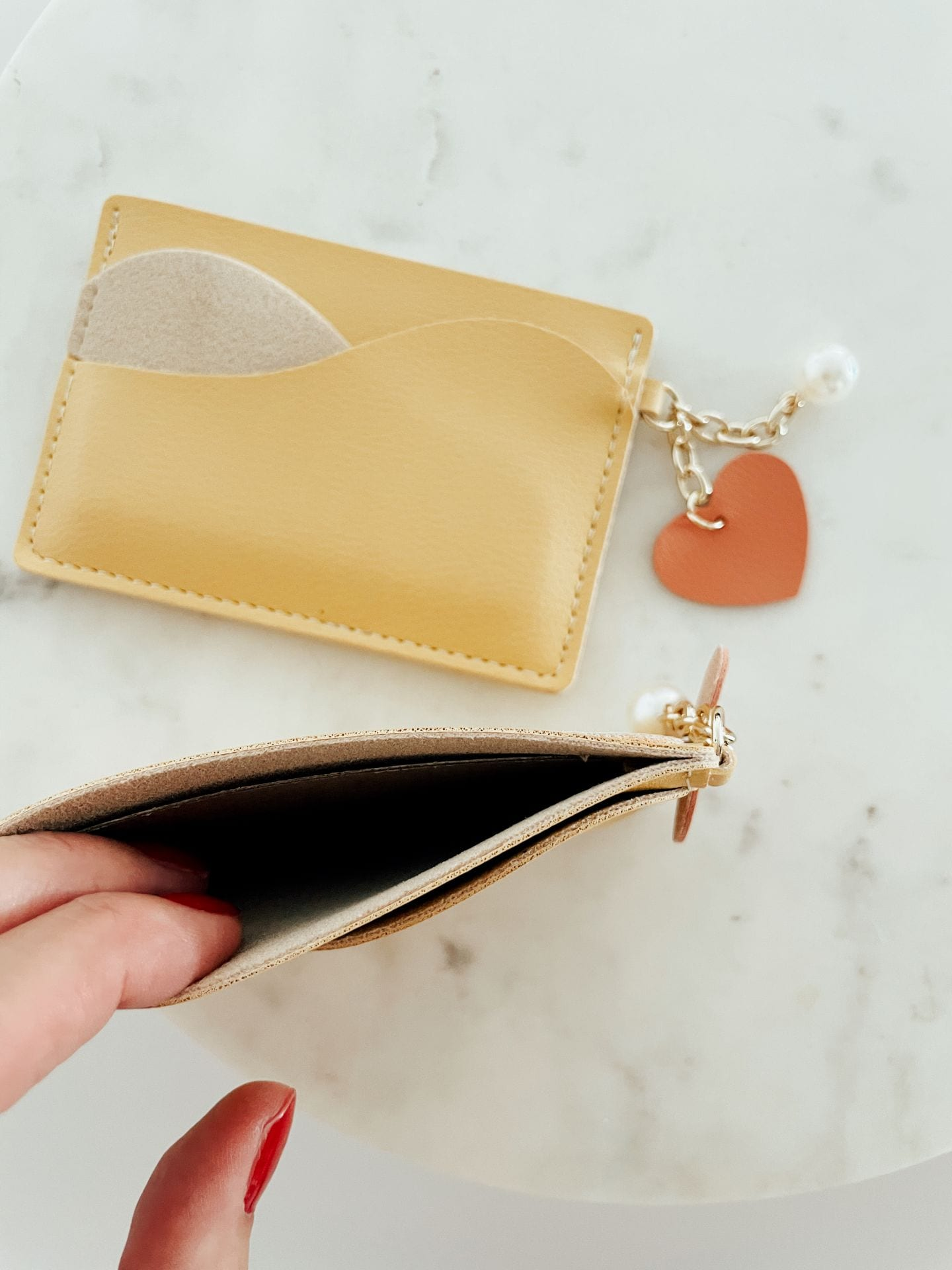 Card Holder with charm - Yellow