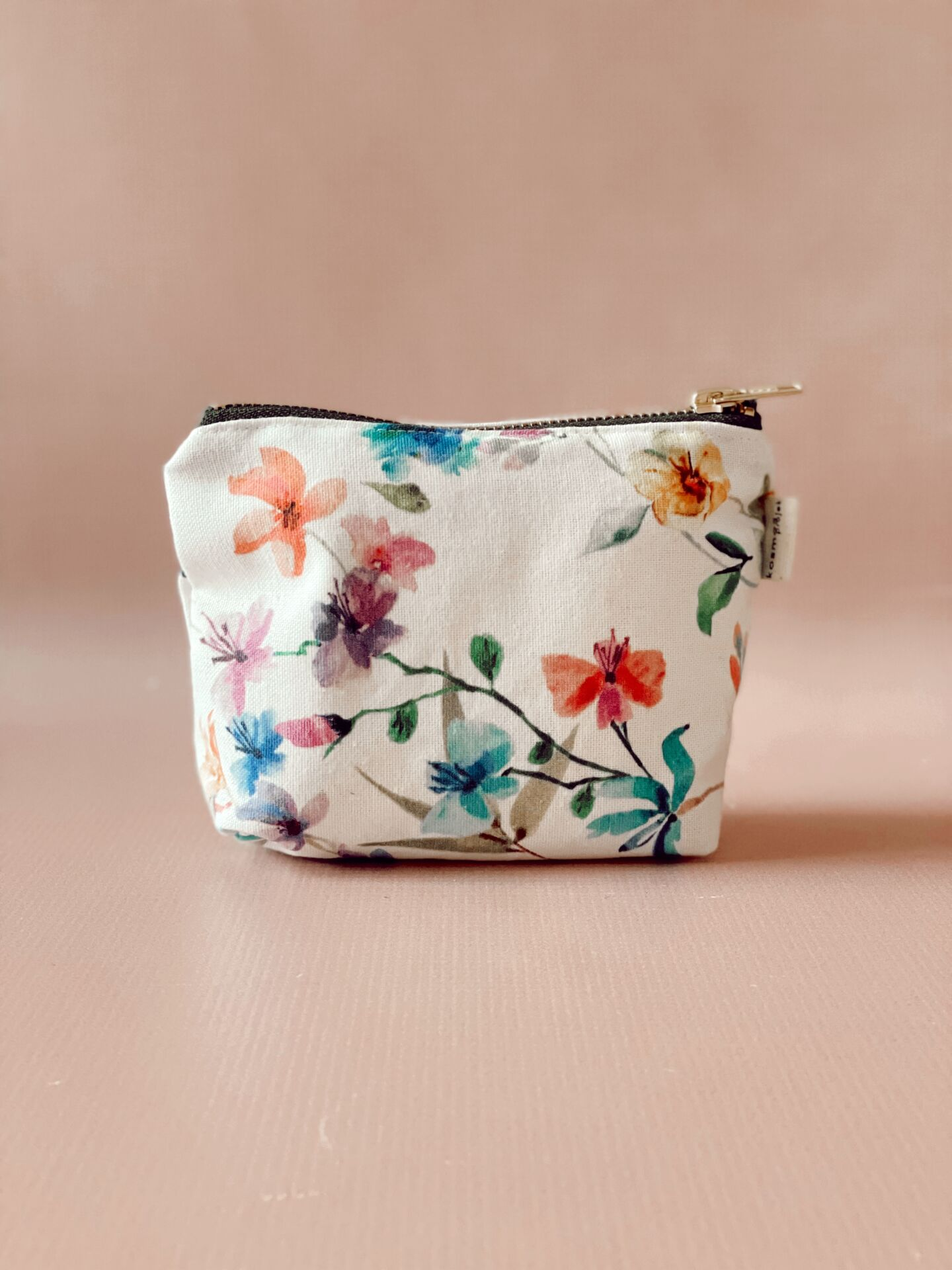 Fabric cosmetic - Floral